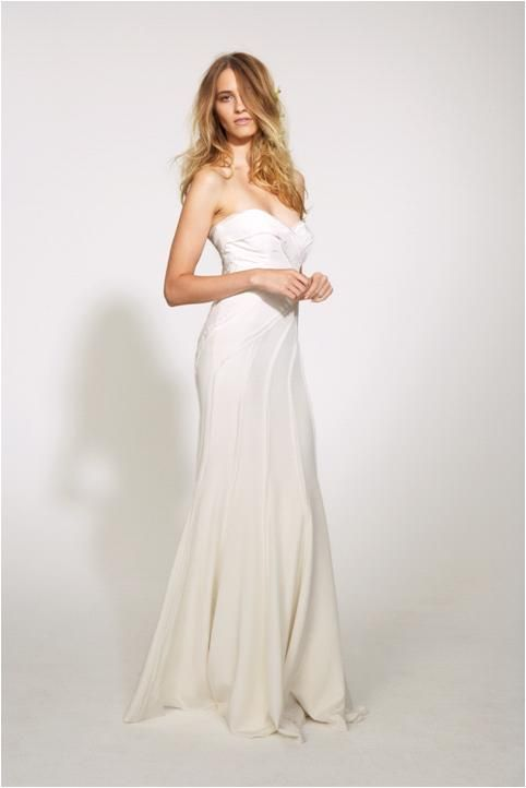 Modern, feminan sweetheart strapless neckline wedding dress from Nicole Miller