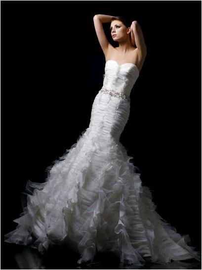 If you liked Khloe Kardashian 39s Vera Wang wedding dress Blue by Enzoani has