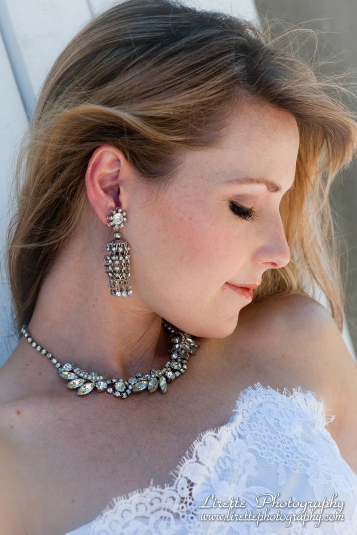 Vintage bridal earrings and necklace inspired by 1920s era