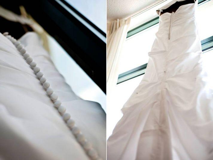 Romantic white peony bridal bouquet, white mermaid wedding dress