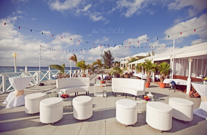 outdoor-destination-wedding-featured-weddings-lounge-reception