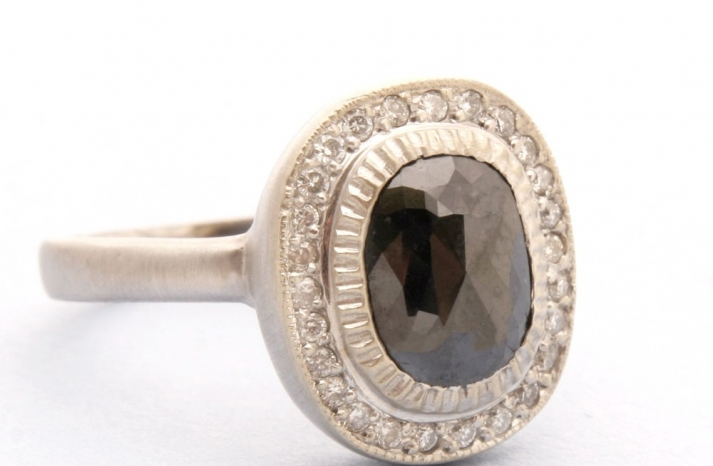 eco-friendly-wedding-rings-engagement-ring-regal-bridal-jewelry