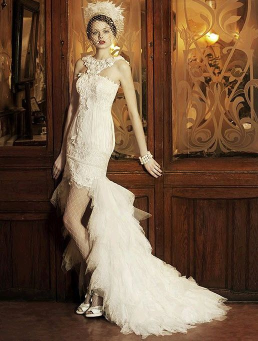 Vintage white halter wedding dress that's short with a train