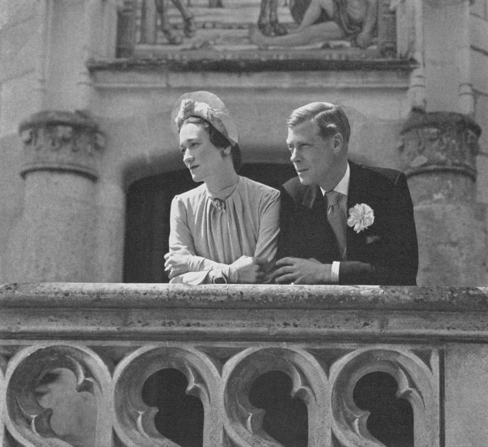 Royal wedding dresses throughout history and the famous balcony kiss