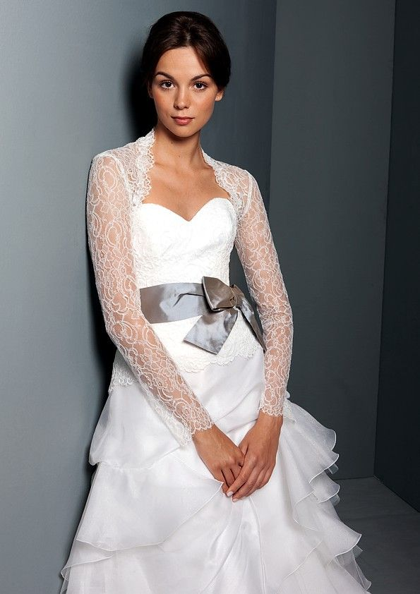 Classic a-line sweetheart wedding dress with sheer lace sleeves