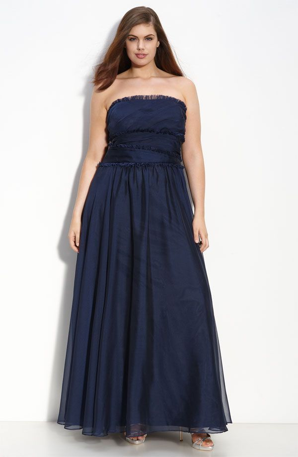Elegant strapless long deep navy blue plus size bridesmaid dress by Monique Lhuillier