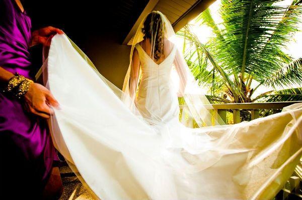 Ivory mermaid wedding dress on destination bride