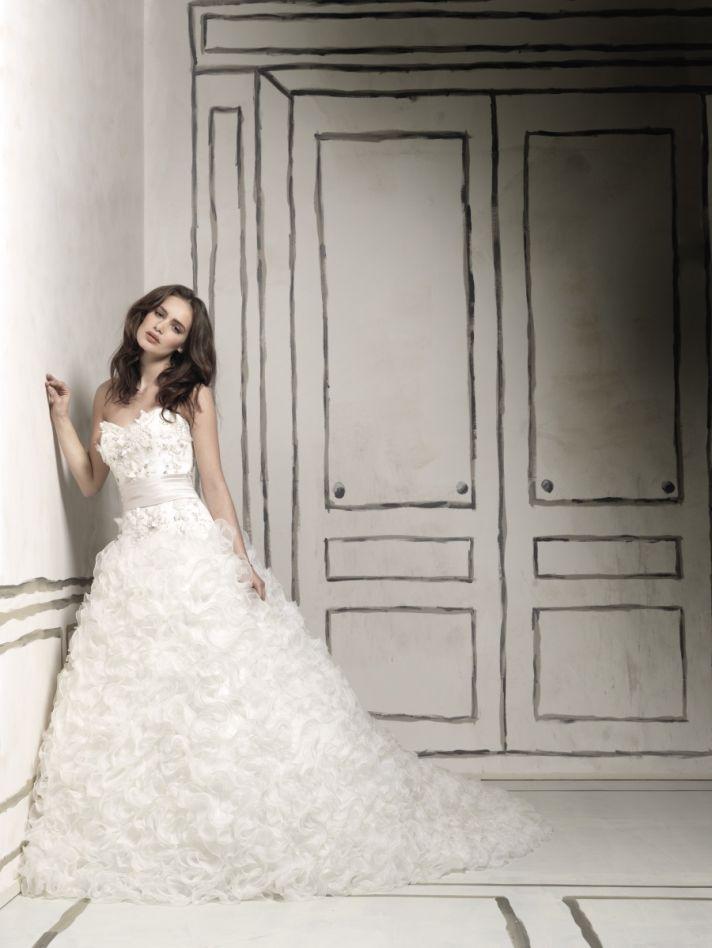 Fairytale-inspired strapless ballgown wedding dress