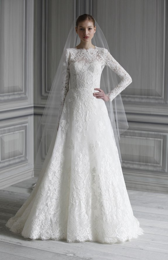 Romantic all-lace wedding dress inspired by Kate Middleton