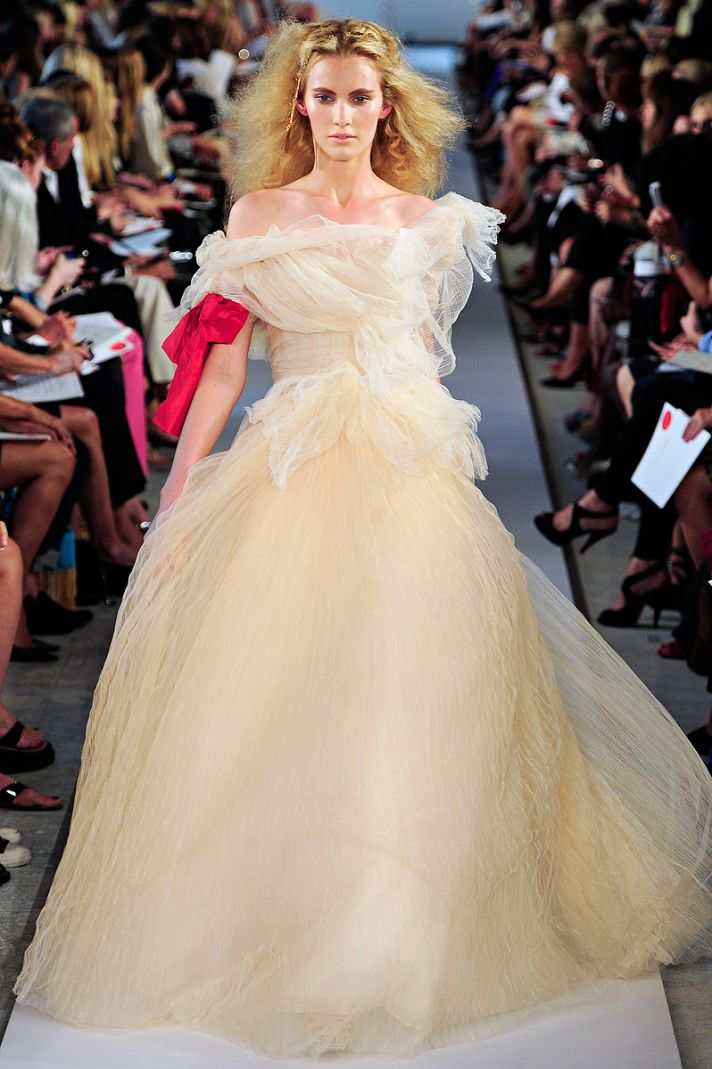 Tulle ballgown wedding dress