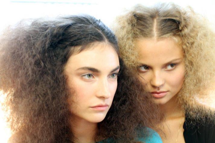 Romantic undone wedding hairstyle seen at Oscar de la Renta
