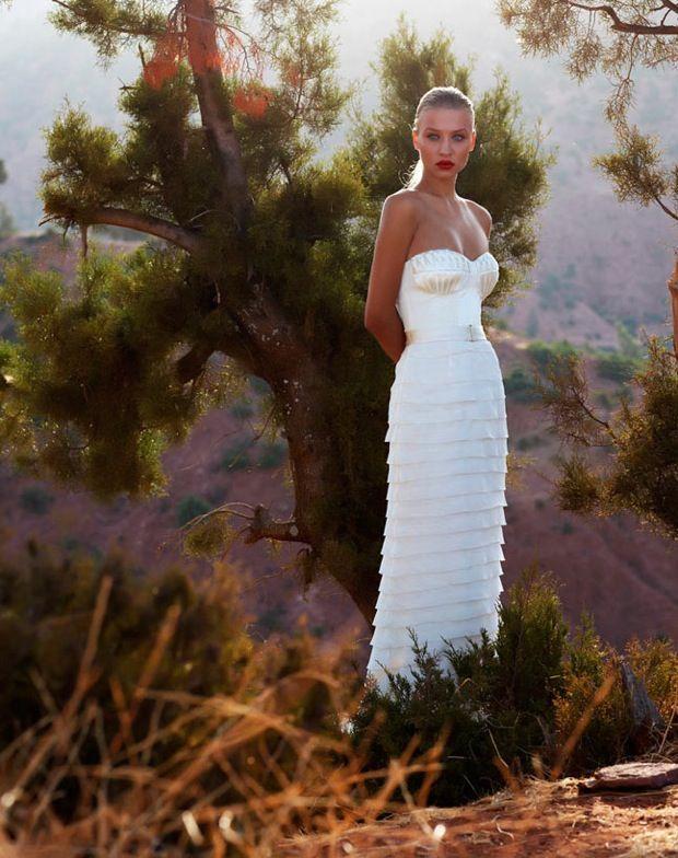 Sweetheart neckline column wedding dress
