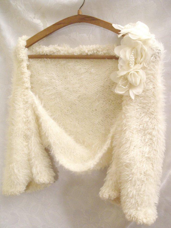 Vintage-inspired bridal shrug