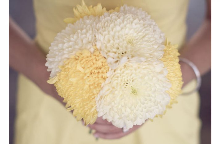 White-yellow-bridal-bouquet-5