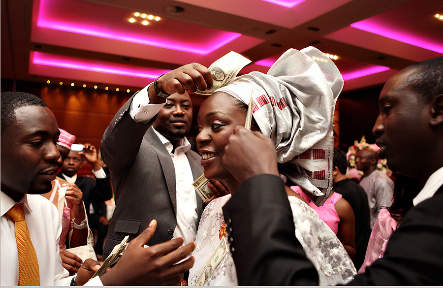 wedding traditions money dance african weddings Credit KJ Images