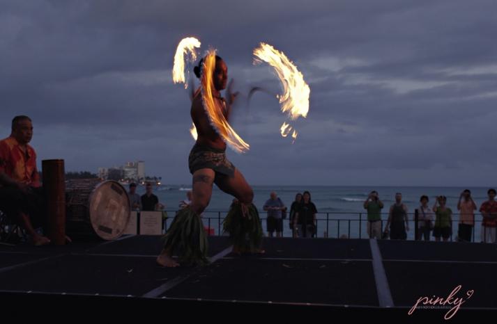 royal hawaiian honeymoon giveaway destination wedding 15