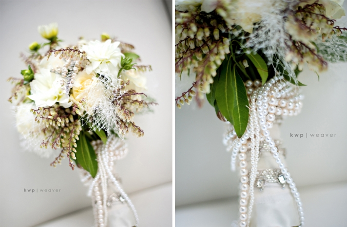 vintage winter wedding bouquets