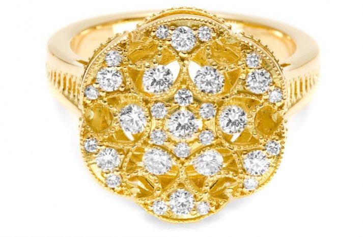gold diamond wedding ring tacori