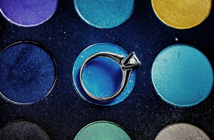 engagement ring wedding photo wedding makeup bold colors