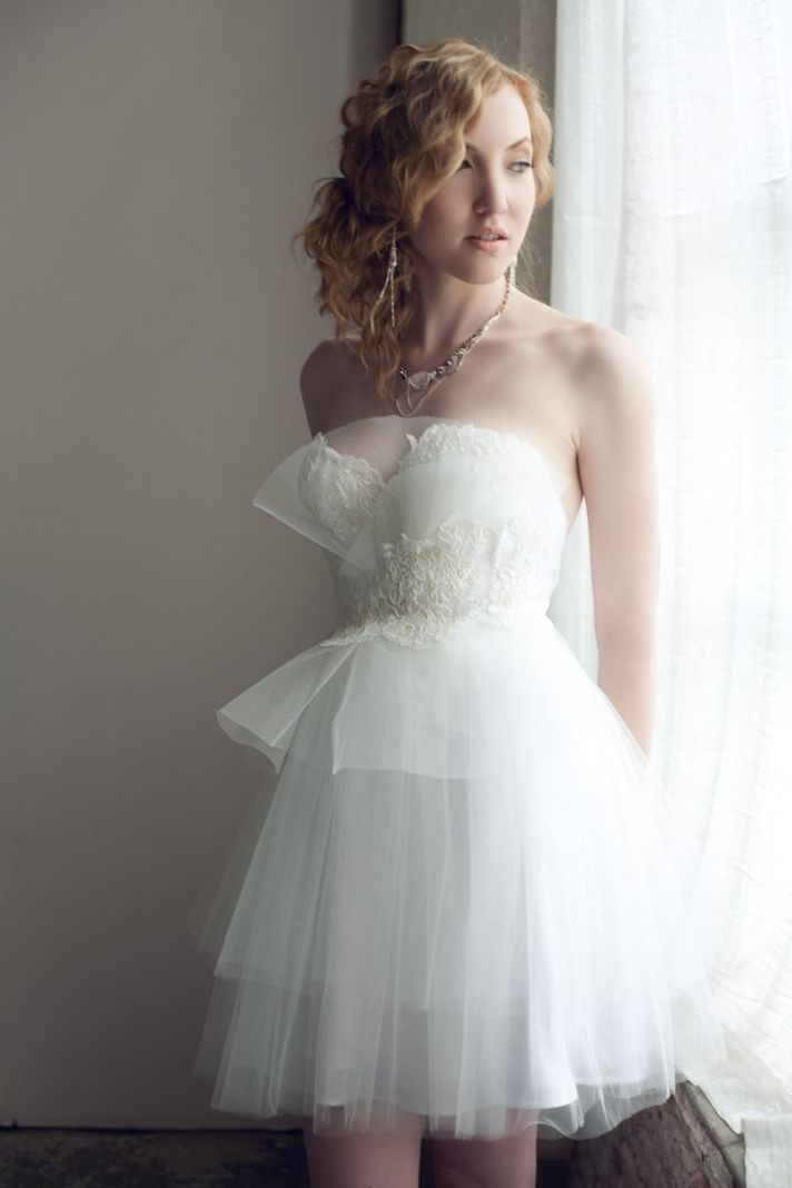 9 etsy wedding dresses we love for 2012 brides onewed for Wedding dress on etsy