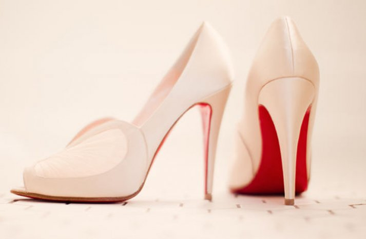 louboutin wedding shoes ivory pumps