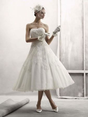 Oleg cassini designer wedding dresses onewed for Wedding dress designer oleg cassini