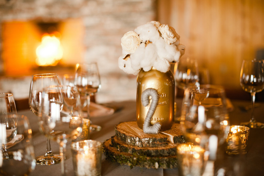stunning wedding reception tablescapes gold ivory