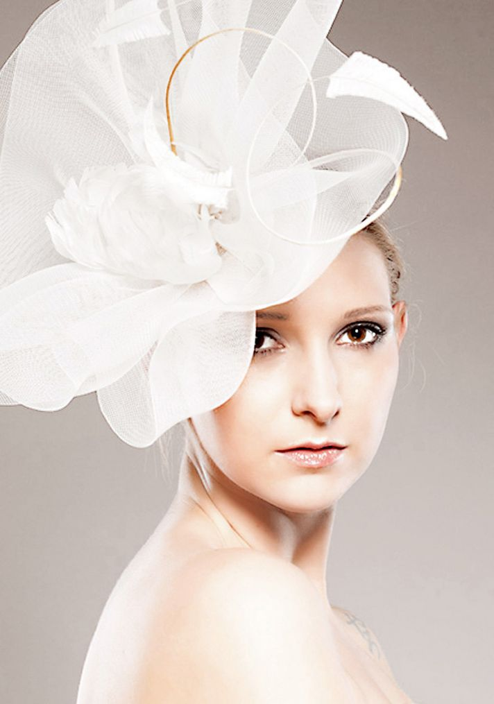 vintage inspired bridal fascinator wedding hair accessory
