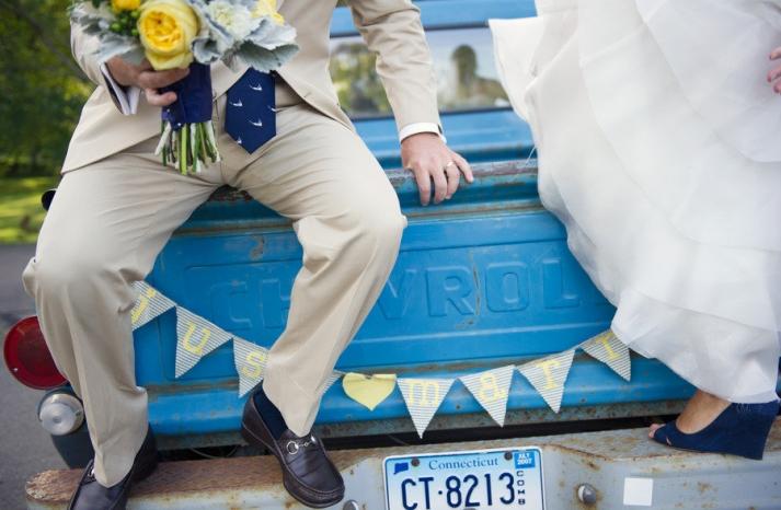 cobalt blue lemon wedding inspiration bride groom