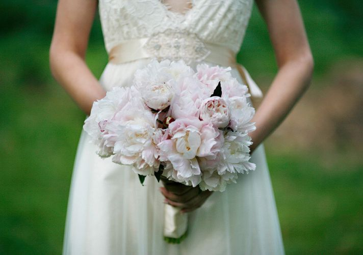 romantic spring wedding outdoor venue ivory light pink peony bridal bouquet