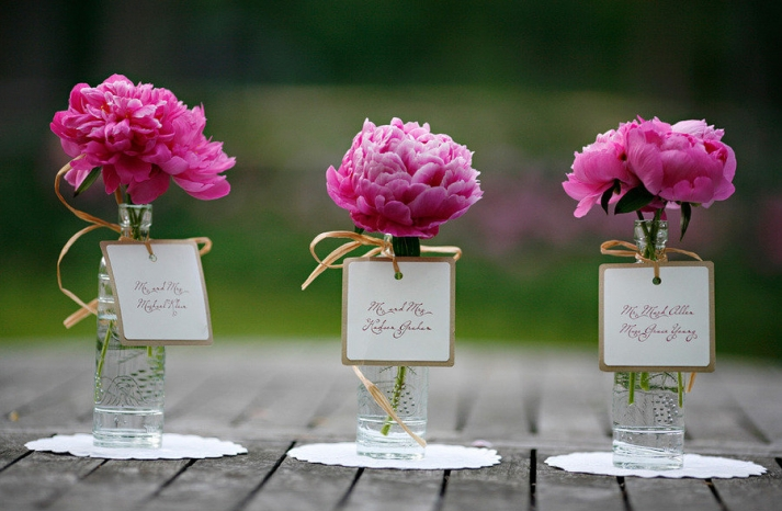 simple wedding centerpieces peony pink