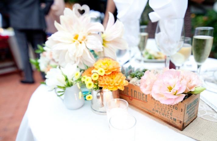 romantic outdoor wedding spring wedding flowers centerpieces 1