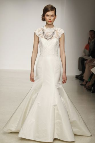 Wedding Dress in UK: Searching For a Gorgeous Bridal Dresses