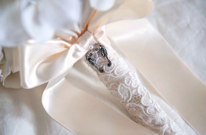 nautical themed real wedding elegant bridal bouquet