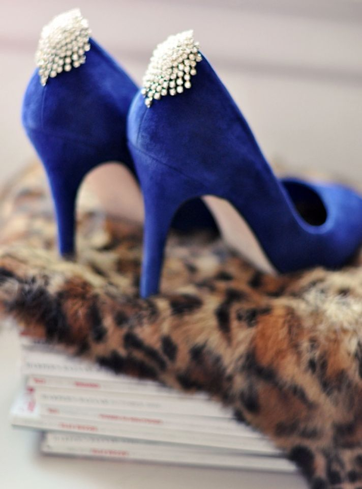 blue wedding shoes vintage diamante shoe clips