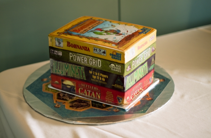 cool grooms cakes for gamers