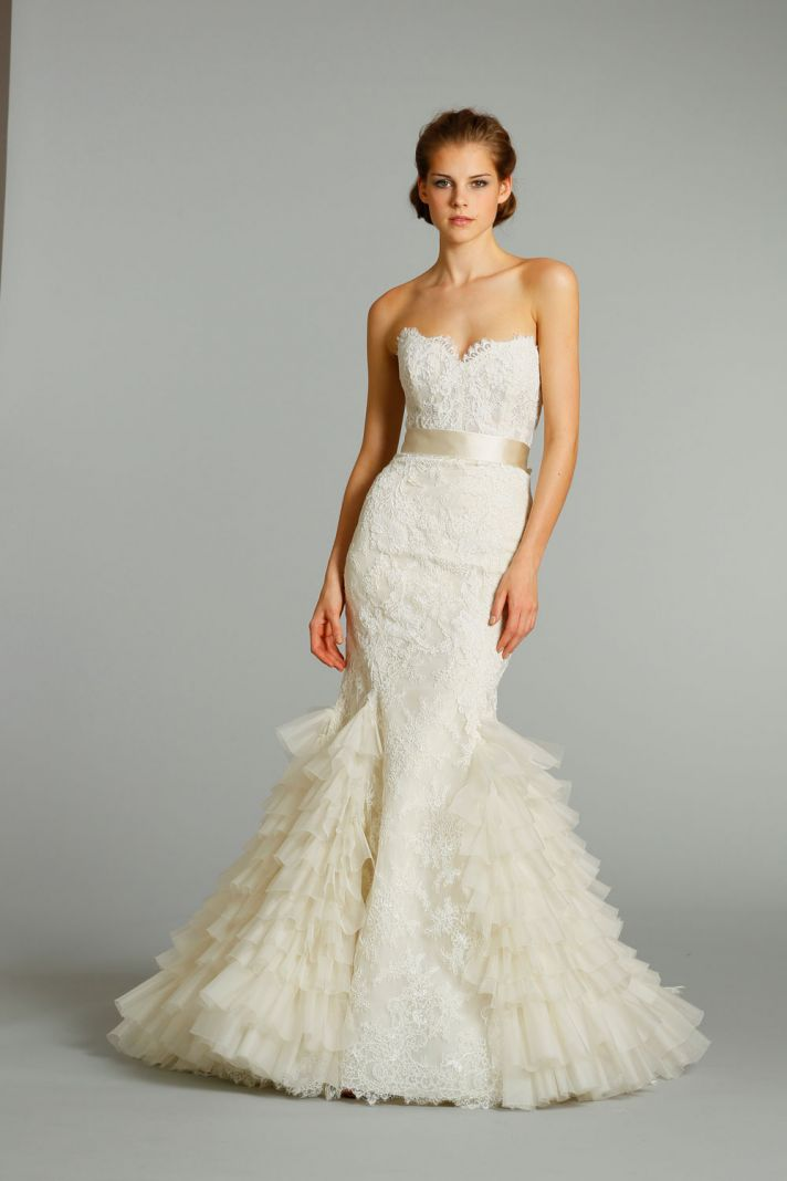 11 exquisite wedding dresses from lazaro onewed for Dress up wedding dresses