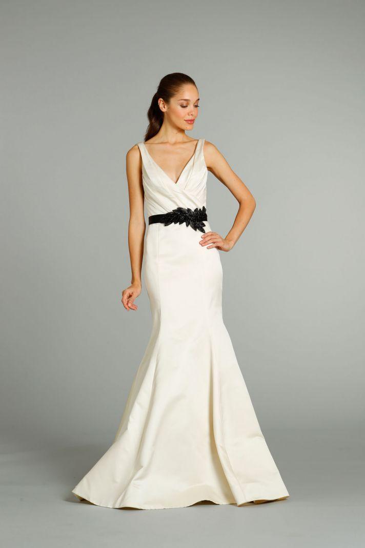fall 2012 wedding dress Jim Hjelm bridal gowns 8258