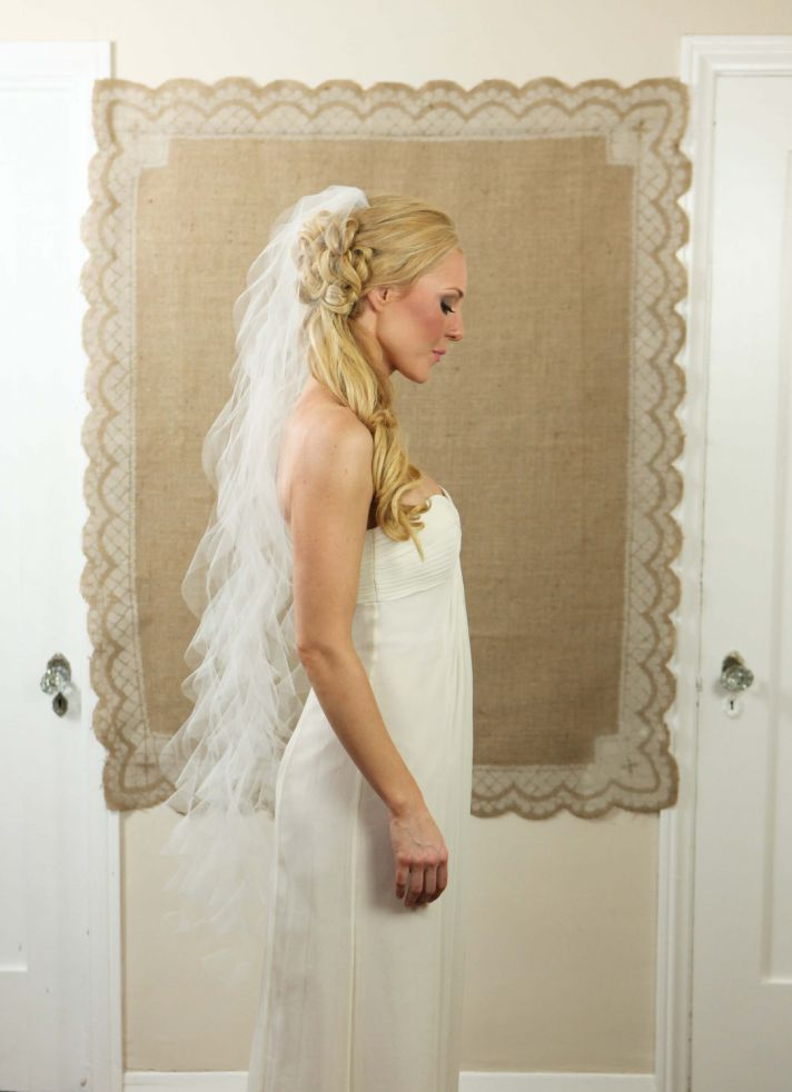 wedding hair accessories for romantic brides mantilla veil 1
