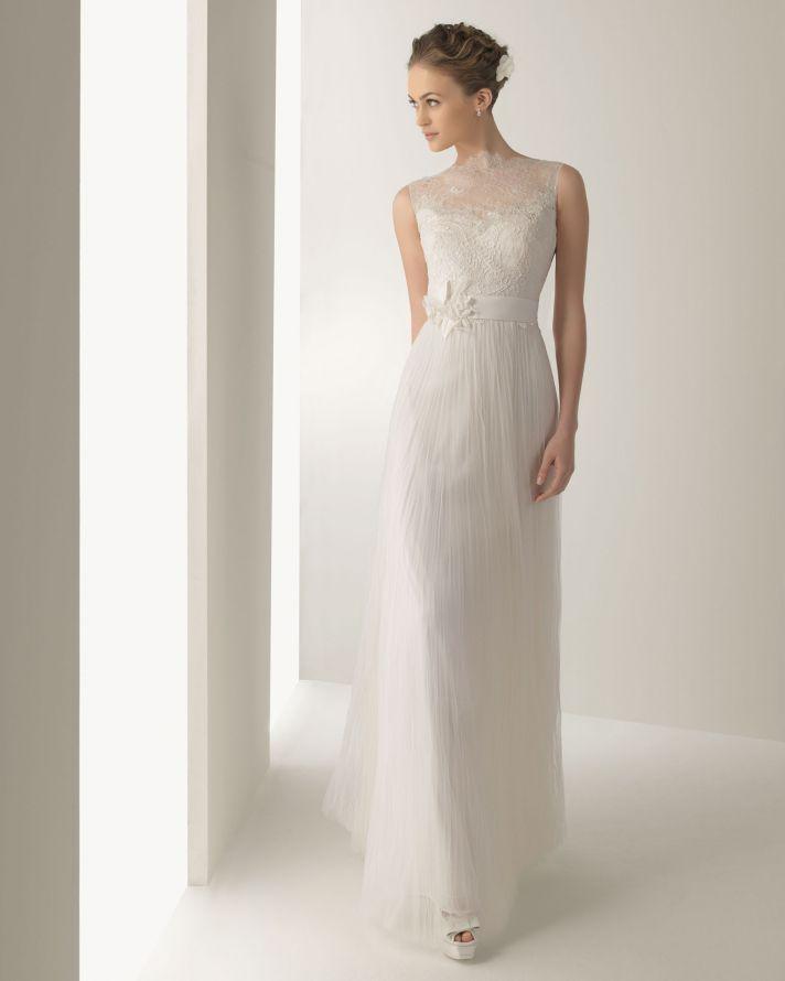 Свадебное платье прямое фото 6