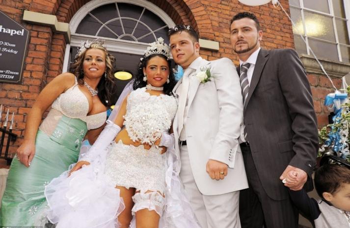 bad bridesmaid style ugly bridal party photos wedding fun boudoir