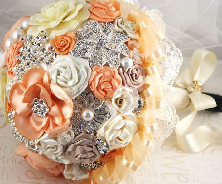 peaches and cream wedding color palette romantic weddings brooch bouquet