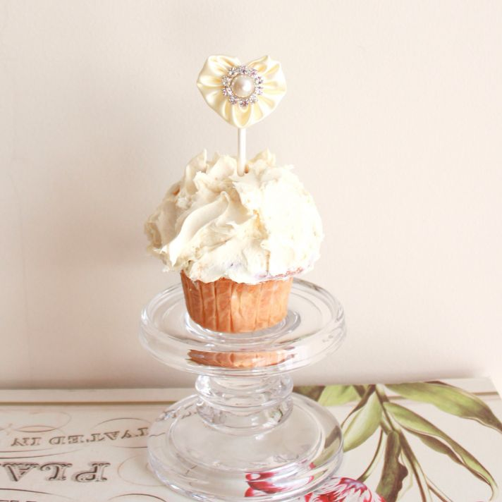 heart shaped wedding finds cupcake topper
