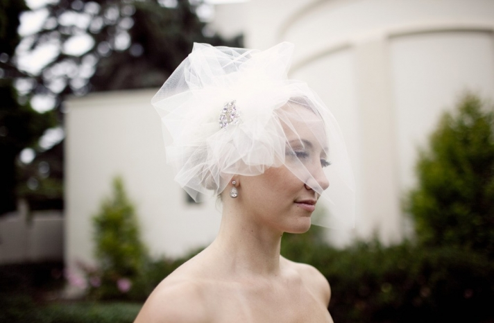 tulle wedding accessories for romantic brides from Etsy tulle birdcage veil 5