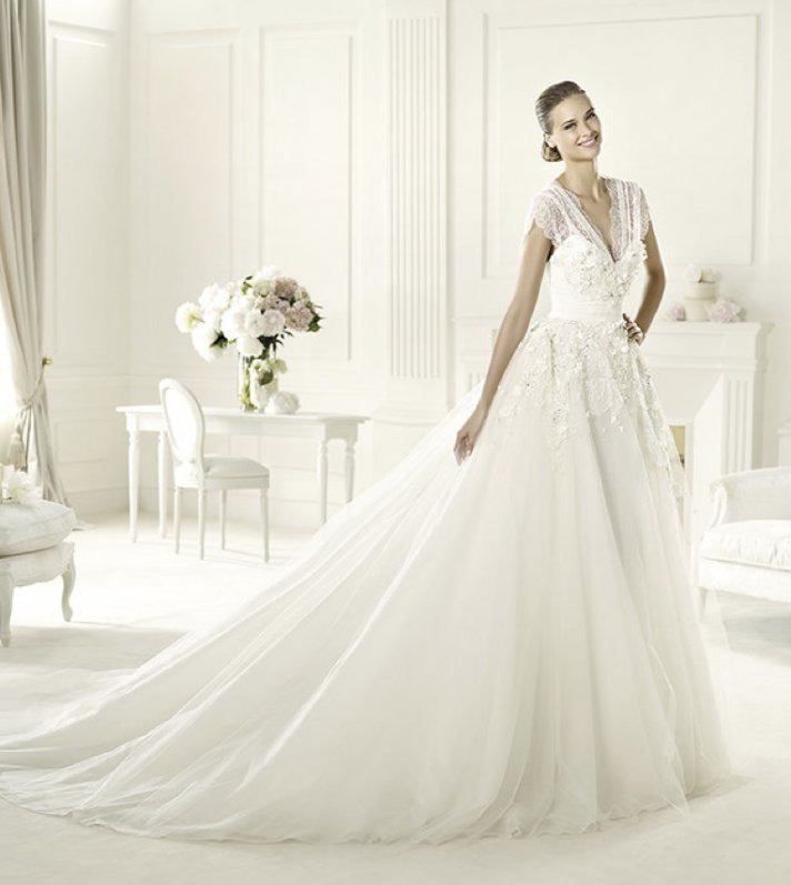 2013 wedding dress Elie Saab bridal collection for Pronovias Denisse 3
