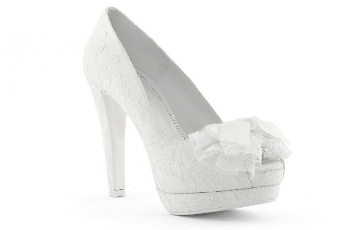 wedding shoes bridal heels by Rosa Clara 2013 8