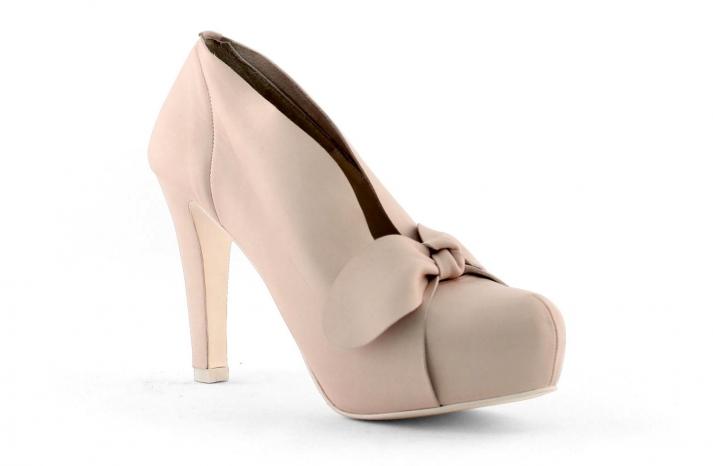 wedding shoes bridal heels by Rosa Clara 2013 15