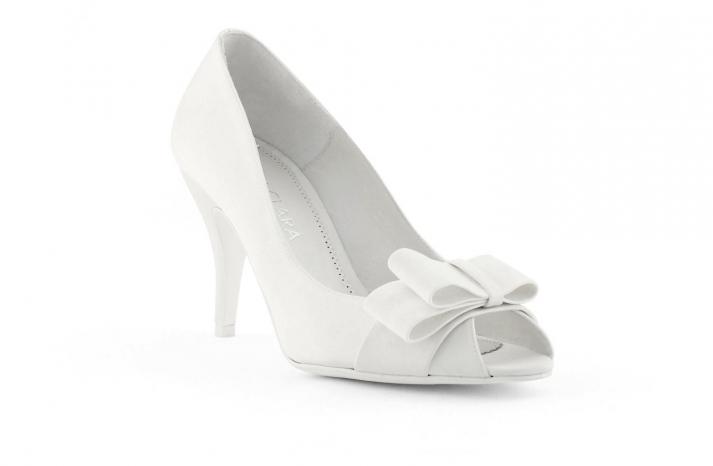 wedding shoes bridal heels by Rosa Clara 2013 low kitten heel
