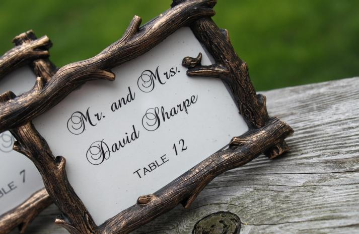 handmade wedding finds for fall weddings escort card frames