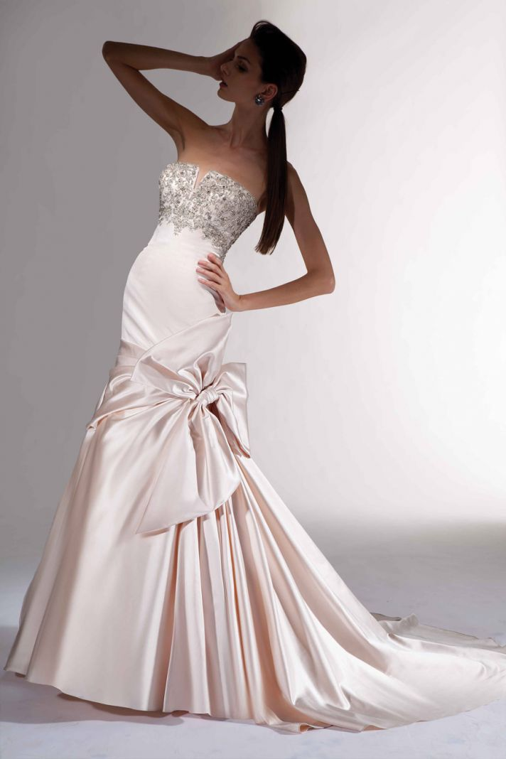 covetable wedding gowns 2013 bridal Victor Harper Couture 105 blush pink